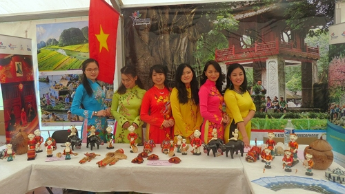 Vietnam Culture At At Francophone Festival In France Viet Transfers